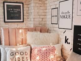 25 Cute College Dorm Decorations You Need To Buy Asap Society19