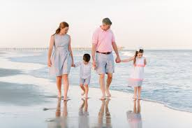 outfit ideas for family beach pictures