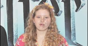 Jessie Cave (Harry Potter) is pregnant with her third child ...