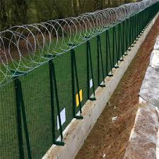 Pvc Coated High Security Y Shape Square Post 3d Wire Mesh Fencing Razor Wire Prison Fence High Security Fence Buy Pvc Coated Prison Mesh Fence High Security Fence Pvc Coated Fence Netting Product On