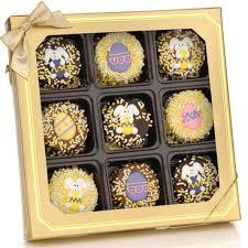 creamy chocolate dipped oreos box of