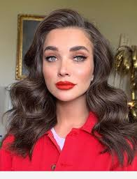 the secret of a perfect makeup red lips