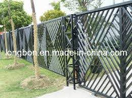 Modern Wrought Iron Fence Design For Home And Garden Lb G F 0069 Jpg 549 411 Iron Fence Rod Iron Fences Fence Design