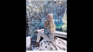 تشكيلة خلفيات موبايل بنات كيوت في فصل الشتاء و الثلج