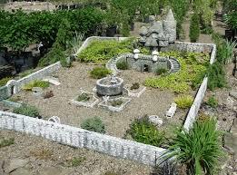 linton s enchanted gardens in elkhart