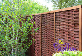 Framed Woven Willow Hurdle Fencing Panel 6ft X 6ft Garden Screening Wooden Fence 5055372305142 Ebay