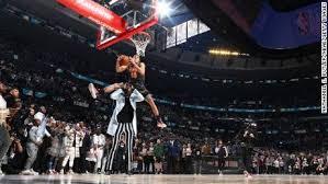 NBA Slam Dunk Contest: Aaron Gordon jumped over a man more than 7 ...