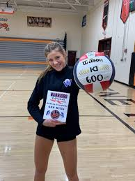 HS volleyball: 'Humbled' Simmons credits Winnacunnet teammates for reaching  600 career kills - Sports - seacoastonline.com - Portsmouth, NH
