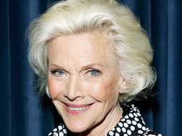 Honor Blackman dead at 94 as former ...
