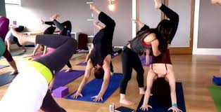 yoga omazing yoga and mage therapy