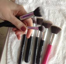 how to wash your make up brushes