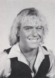 A young Dean Norris (with hair!) : breakingbad