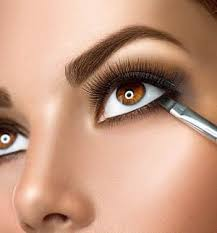 how to make a light makeup easy
