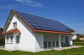 Hệ thống tích điện năng lượng mặt trời là gì? | Việt - Solar