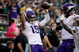 Vikings' Adam Thielen express keeps rolling, 100 yards at a time
