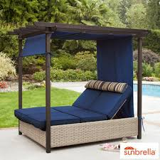 garden daybeds loungers
