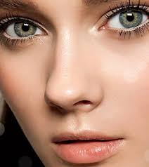 how should one apply natural makeup