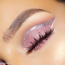 15 fun makeup tutorials using glitter