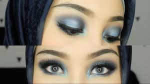 intens blue smokey eyes eyeshadow