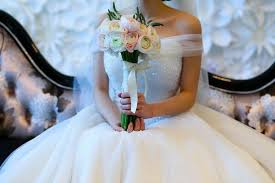 9 best sites to sell your wedding dress