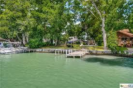 127 lake bend mcqueeney tx 78123
