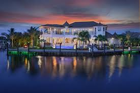 Florida Keys Luxury Real Estate Market Statistics and Trends