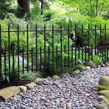 Garden Accents 24 4 In W X 28 In H Black Powder Coat Finial Garden Trellis In The Garden Trellises Department At Lowes Com