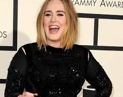 Adele trasformata: ha perso oltre trenta chili in due anni