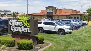olive garden manager fired after