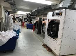 Máy giặt công nghiệp là gì? Khác gì so với máy giặt thường?