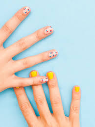 spotted and dotted diy polka dot nails