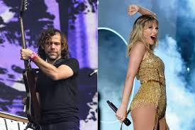 Aaron Dessner 'Excited and Honored' by Taylor Swift Collaboration - Rolling  Stone