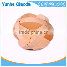toy wooden kongming lock solution