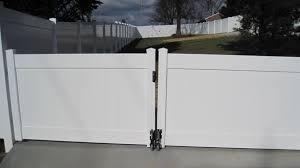 Pin By Prizm Vinyl On Privacy Fences Vinyl Fence Vinyl Privacy Fence Fence Styles