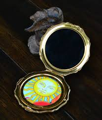 black scrying compact black mirror for
