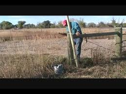 How To Build A Wire Fence Gate Youtube