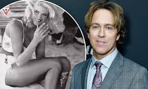 Anna Nicole Smith: Her boyfriend Larry Birkhead reveals the last thing the  Playboy model said | Daily Mail Online
