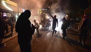 Демонстрации переросли в беспорядки В США третий день продолжаются протесты  из-за победы Дональда Трампа — Meduza