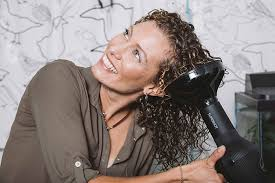 diffuser without ruining your curls