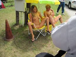 File:Naked women on camp chairs.jpg - Wikimedia Commons