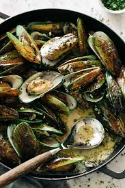 French Steamed Mussels - Cafe Delites