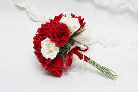 أحلى وأجمل صور باقات ورد وزهور حمراء وبيضاء Red Rose Bouquet صور