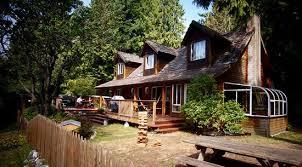 Up The Creek Backpacker's Lodge (Roberts Creek, Canada) - tarifs ...
