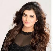 makeup artist in delhi ncr