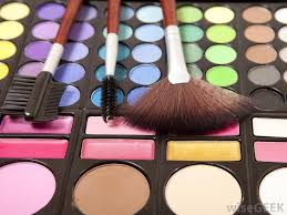 diffe types of cosmetics packaging
