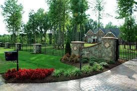 driveway entrance landscaping ideas