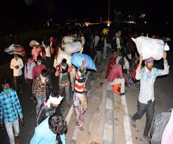 Agra Lockdown Update Day 6 movement of migrant people across ...