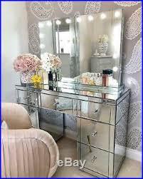electric hollywood vanity makeup light