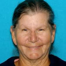 Riddle woman, 70, dies while stranded on forest road with neighbors -  oregonlive.com