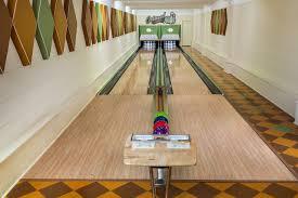 dream es midcentury bowling lanes